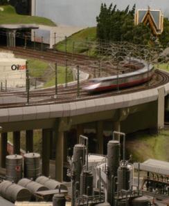 VT 10.5 auf moderner Brücke